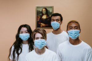 Chirurgische Maske